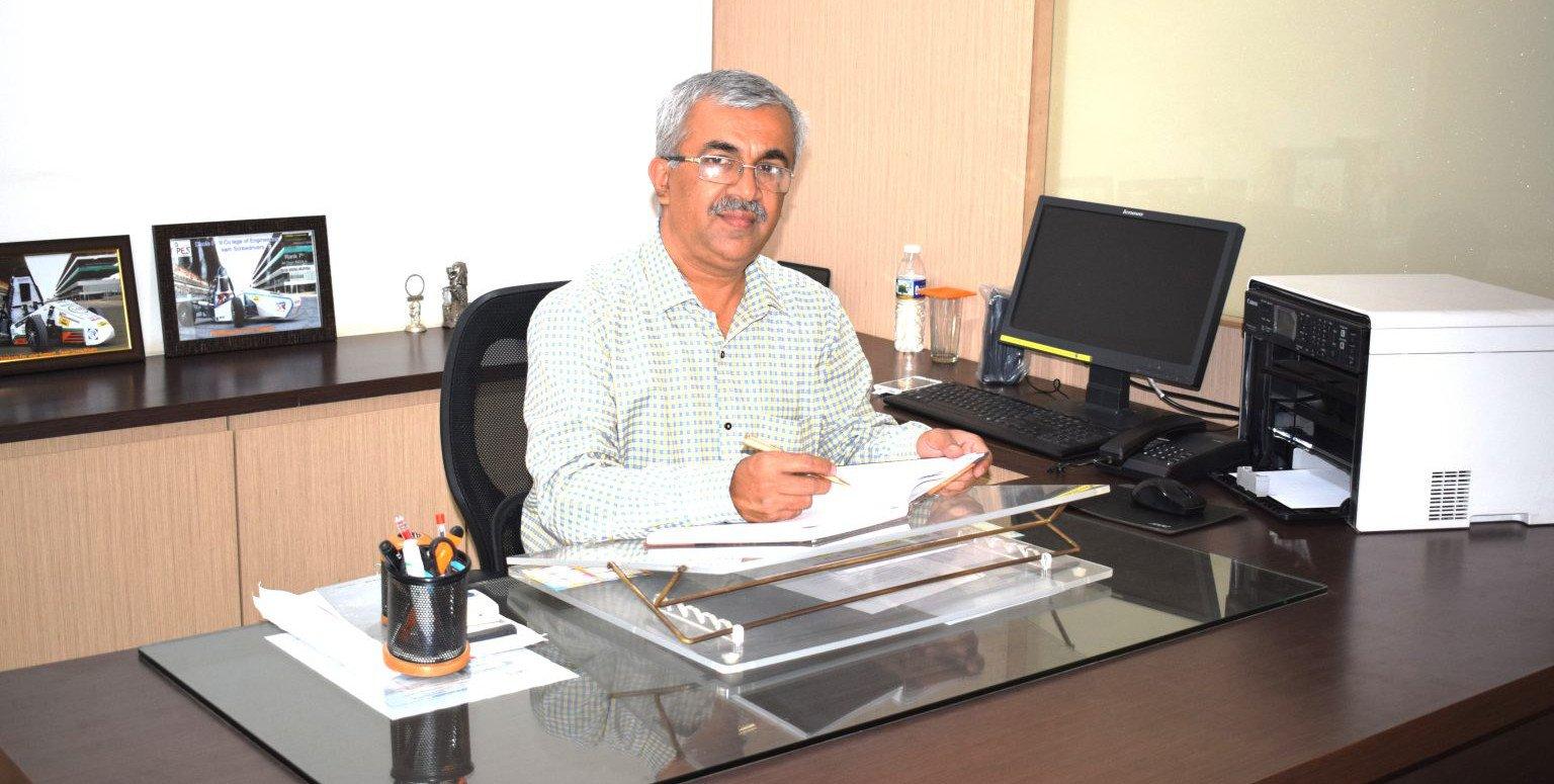 principal-prof-dr-nihar-walimbe-2